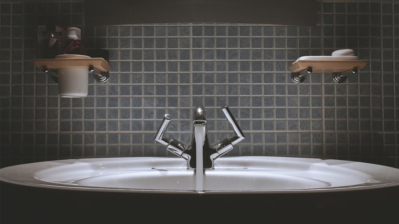 De badkamer accessoires die onmisbaar zijn