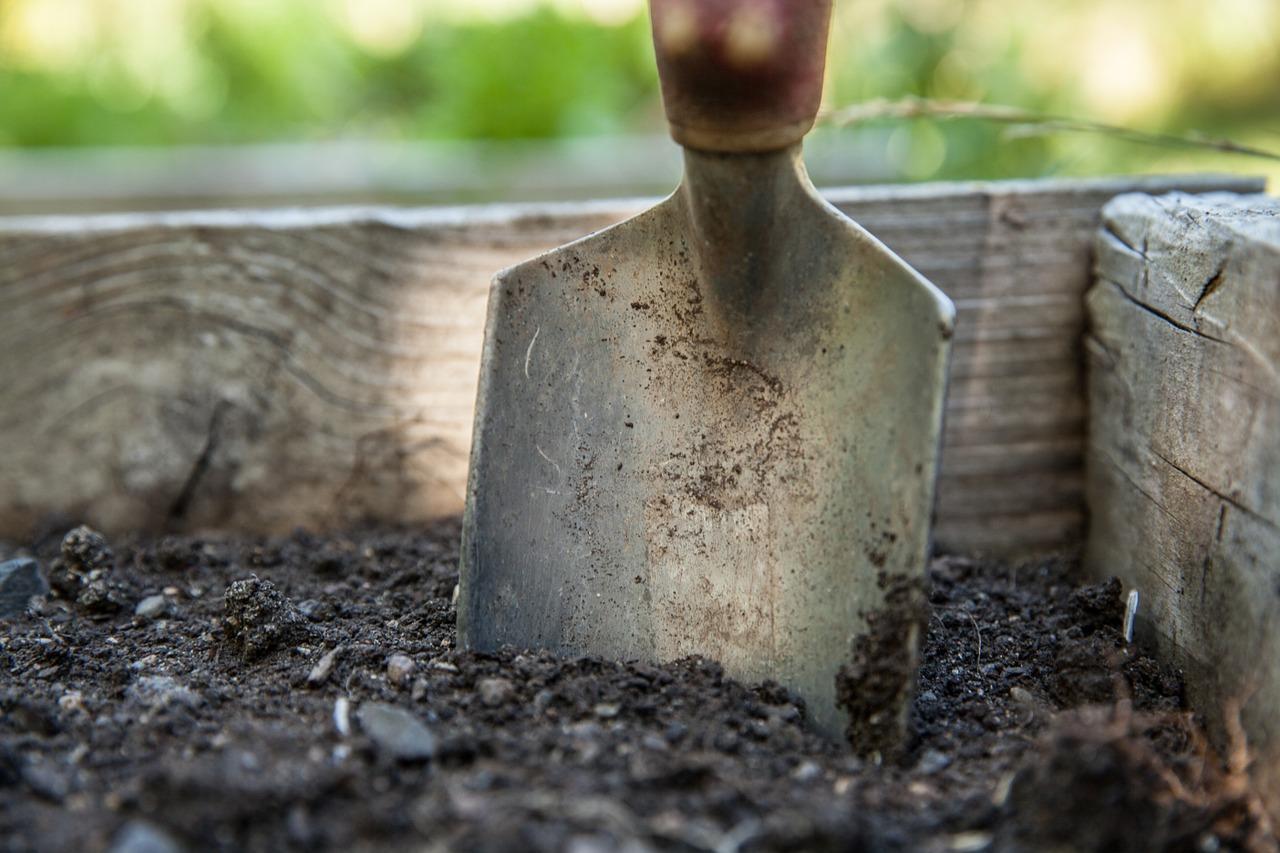 Veilig graven in de tuin? Let hier op!