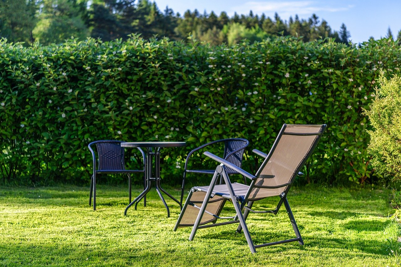 Welke meubelen zijn geschikt voor mijn tuin?